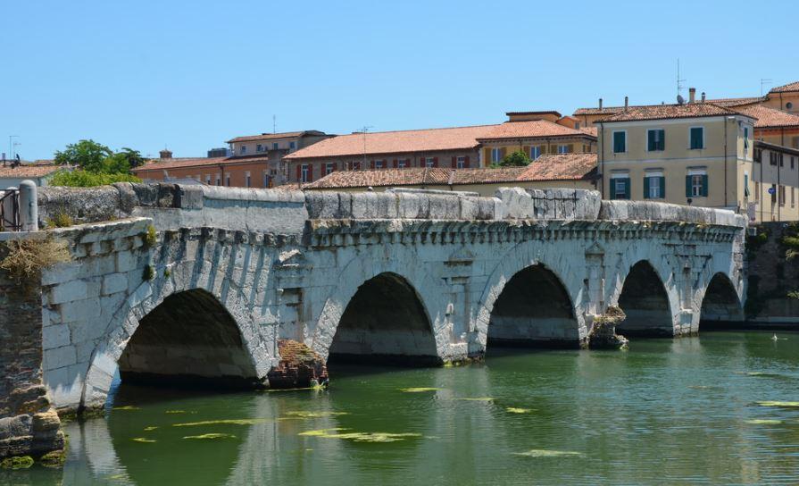 puente tiberio rimini