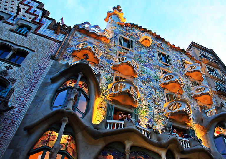 Las 5 mejores fotos de la ciudad de barcelona espa a - Casa de madrid en barcelona ...