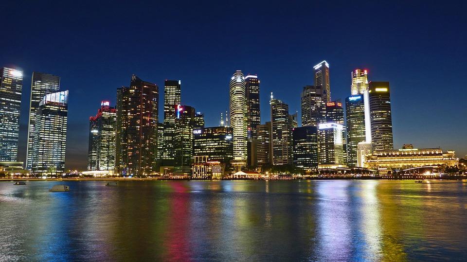 Singapur la ciudad mas cara del mundo