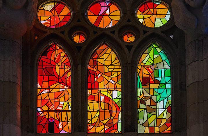Vidrieras interiores de la Sagrada Familia