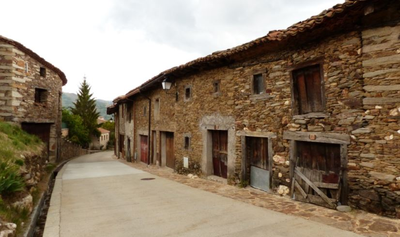 pueblos de madrid con encanto La Hiruela