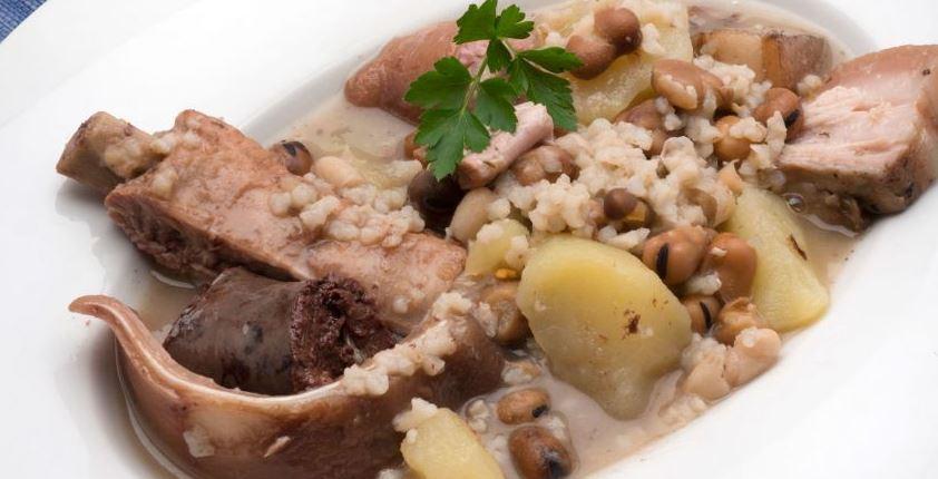 comida tipica de granada Olla de San Antón