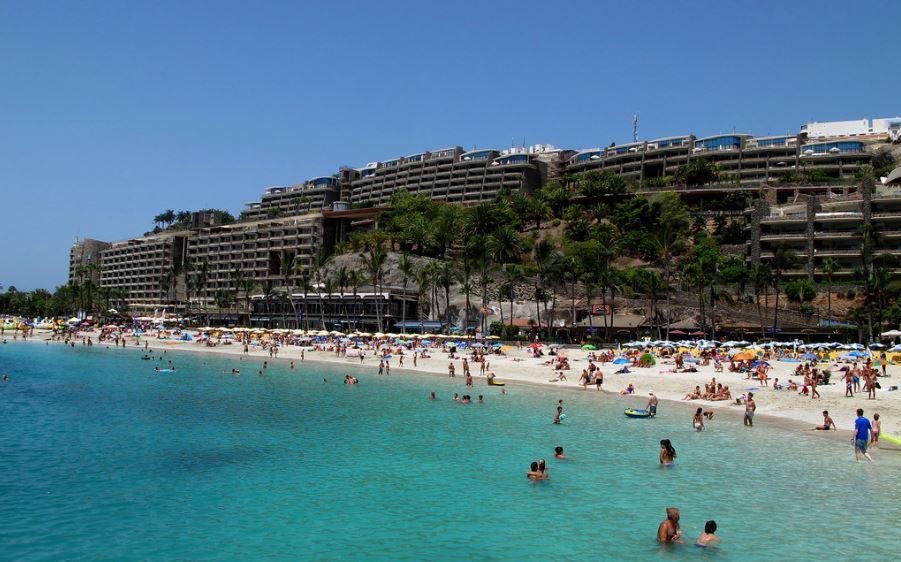 Playa De Anfi Del Mar la mejor playa de gran canaria