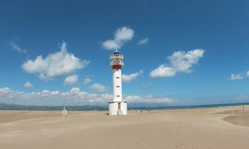 Playa La Punta de Lo Fangar Delta de l Ebre