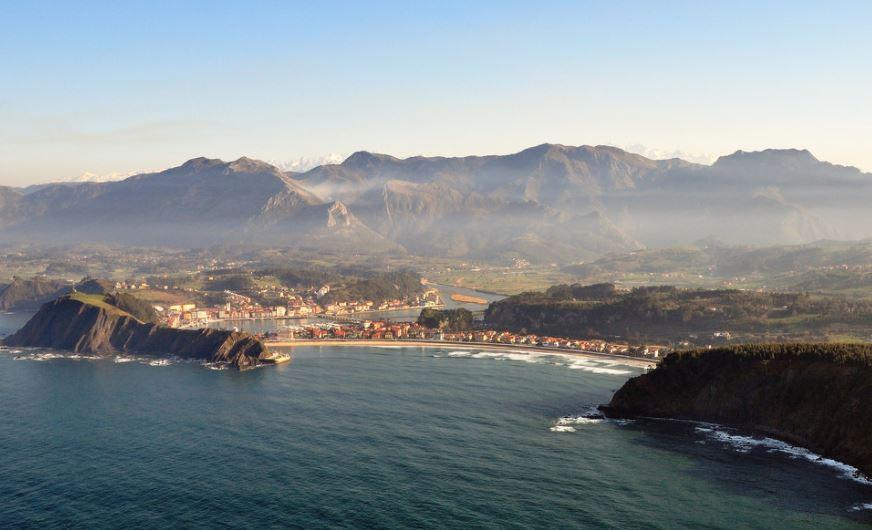 ribadesella bonito pueblo de asturias