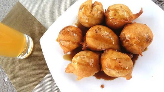 Bunuelos con miel platillo tipico de el salvador