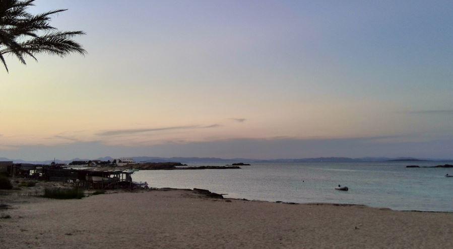 Es Pujols las Mejores Calas y Playas de Formentera