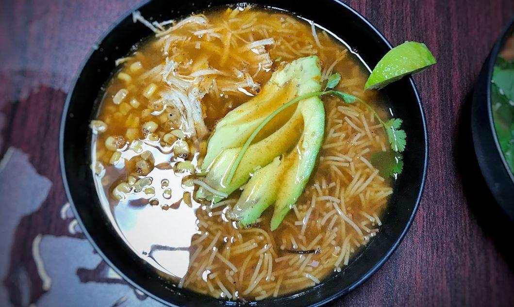 Filipino Chicken Macaroni Sopas cual es la comida tipica de filipinas