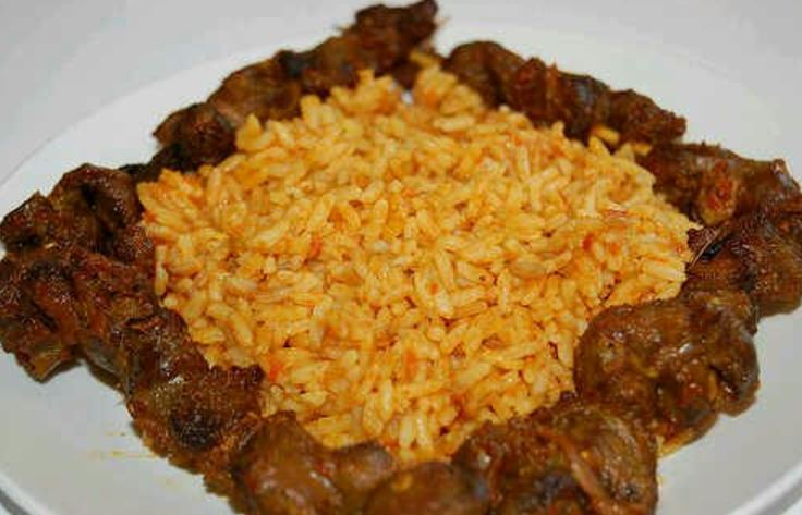 Jollof Rice With Chicken nigeriano
