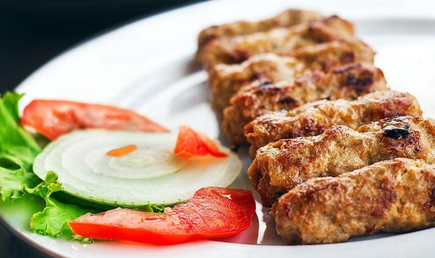 Kebapche gastronomia de bulgaria