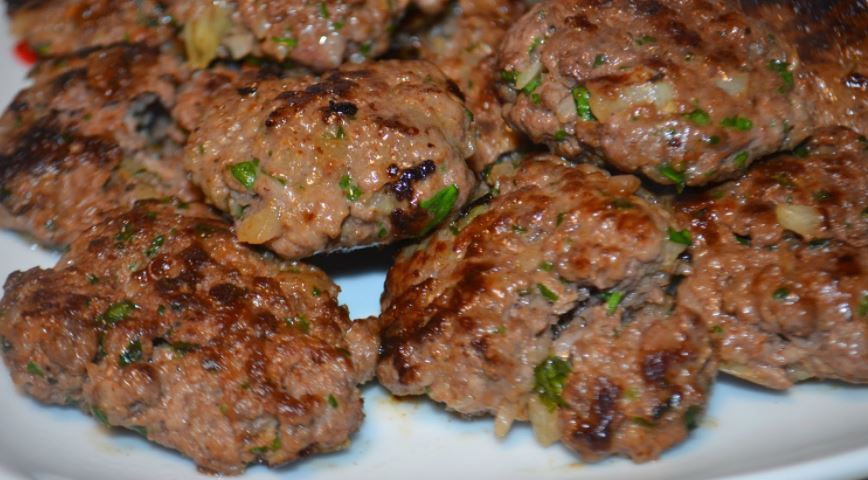 comidas tipicas jordanas Kefta