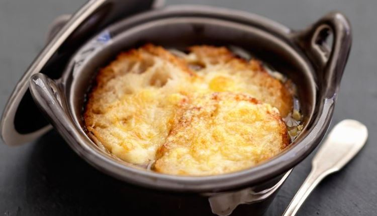La soupe a l oignons francia gastronomia