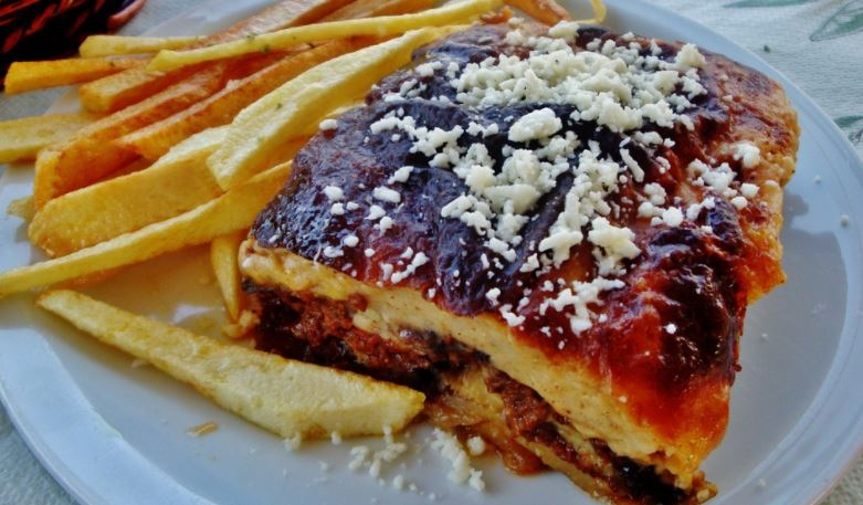 Musaka (мусака) platos tipicos bulgaria