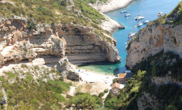 Playa Stiniva Isla de Vis