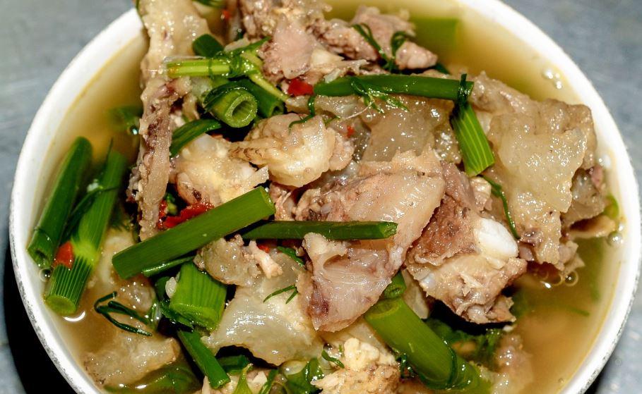 Pork Sinigang comidas típicas de filipinas