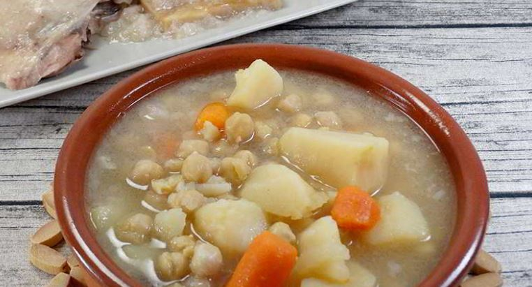 gastronomia tenerife Cocido o puchero Canario