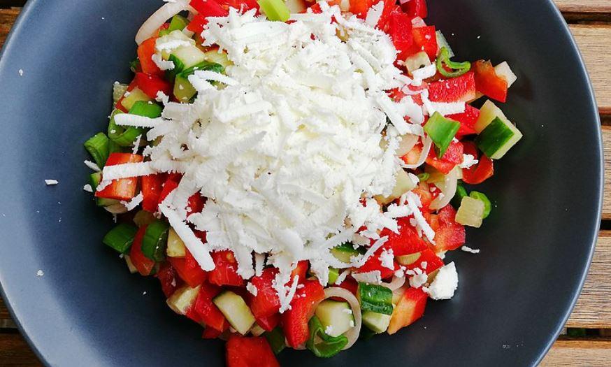 cual es la comida tipica de bulgaria Salata shopska
