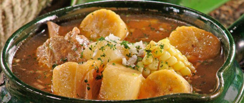 Sancocho las comidas tipicas de colombia