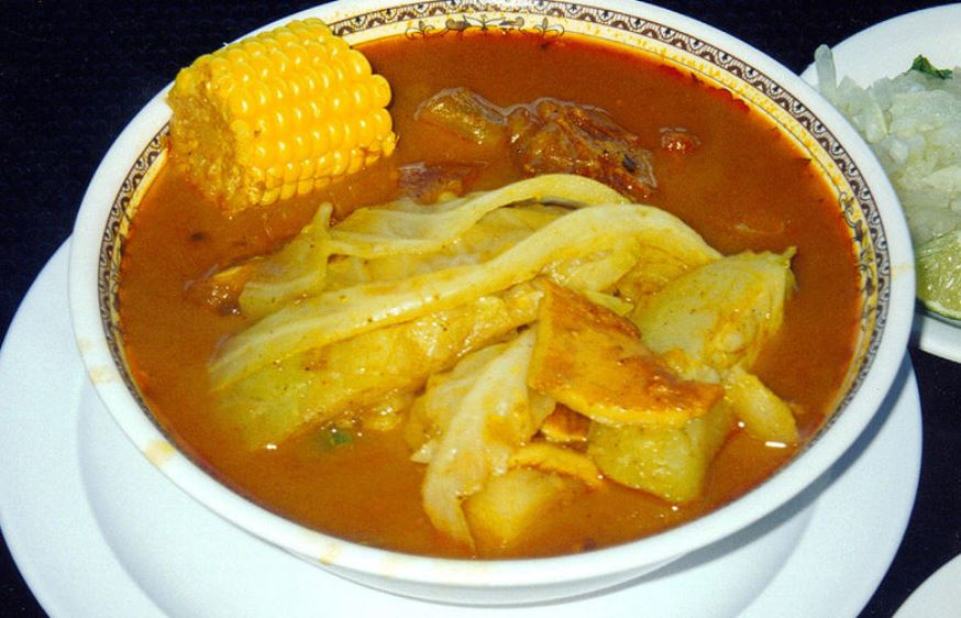Sopa de Pata comida salvadoreña tipica