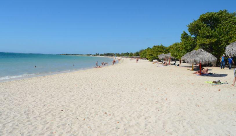 playa de ancon en cuba la habana playas
