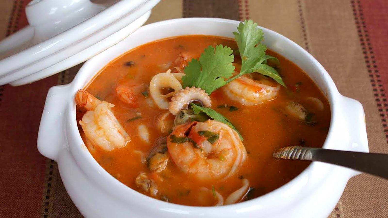 Sopa de Mariscada comida tipica salvadoreña