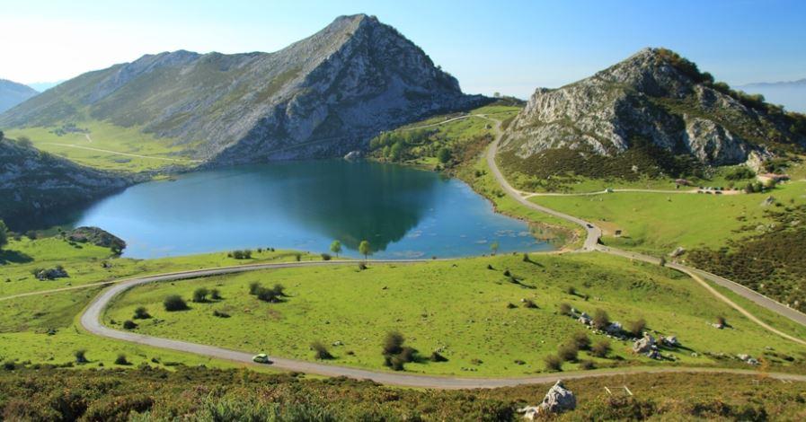 Lagos de Covadonga Asturias España