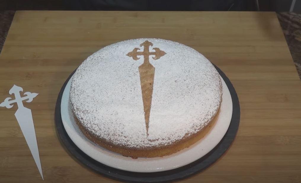 Tarta de Santiago tarta de santiago gastronomia tipica de galicia