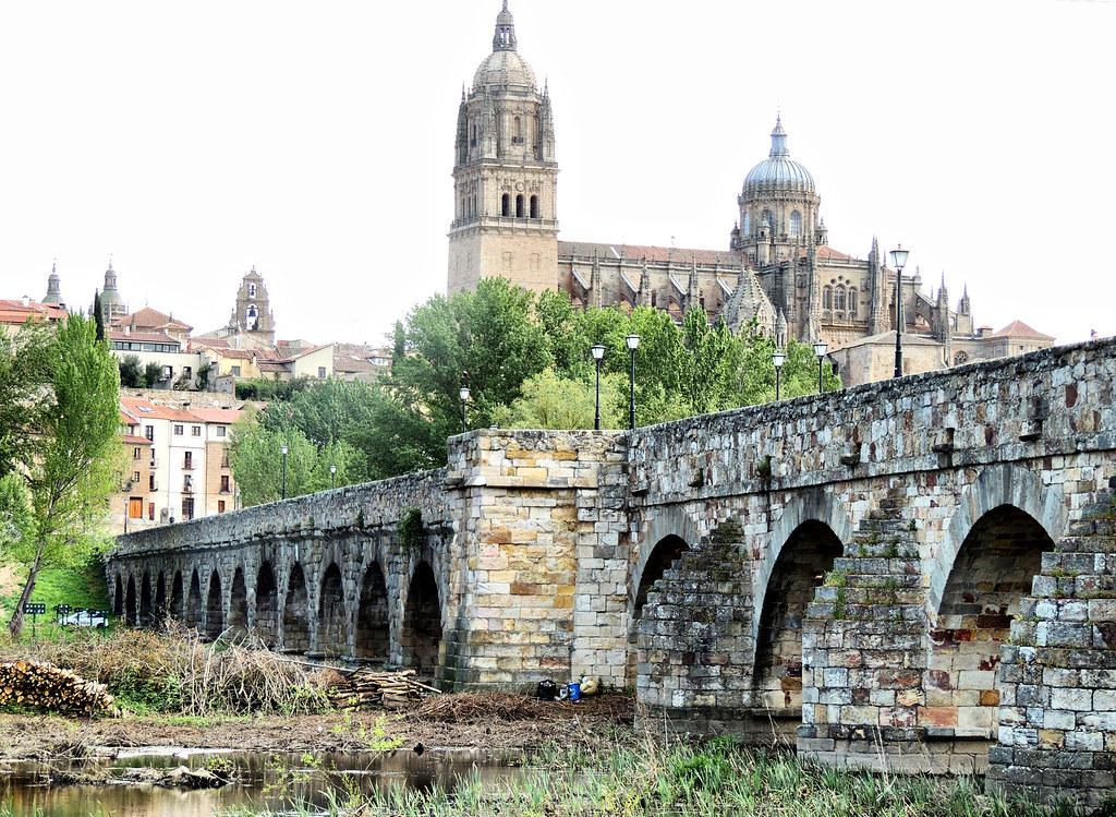 visitar puente romano salamanca
